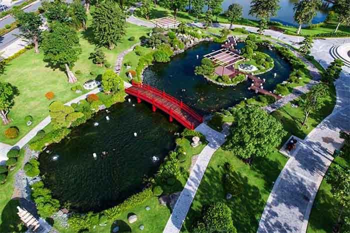 Hồ cá koi Landmark - Vinhomes Central Park