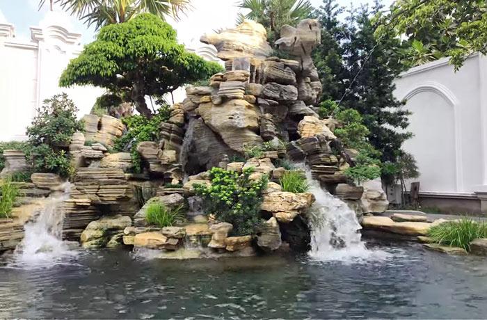 Tiểu cảnh thác nước hòn non bộ ghề đá - Hình 4