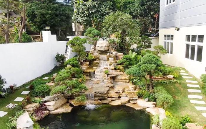Tiểu cảnh thác nước hòn non bộ ghề đá - Hình 8