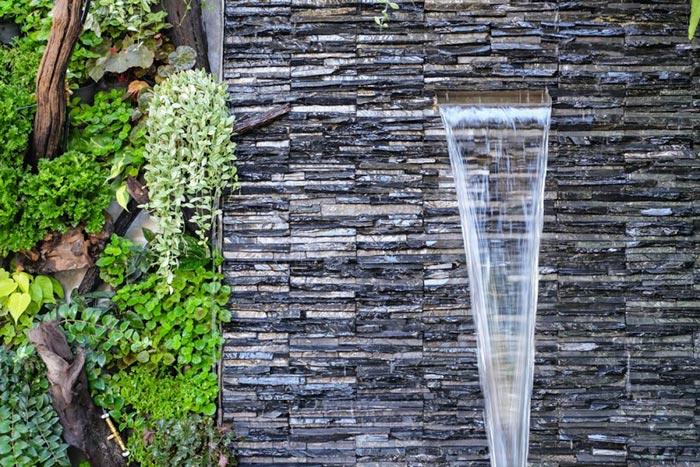 Tiểu cảnh thác nước trên tường 11