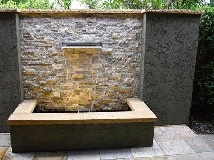 Tiểu cảnh thác nước trên tường 8
