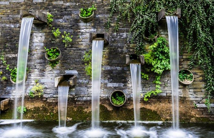 Tiểu cảnh thác nước trên tường 9