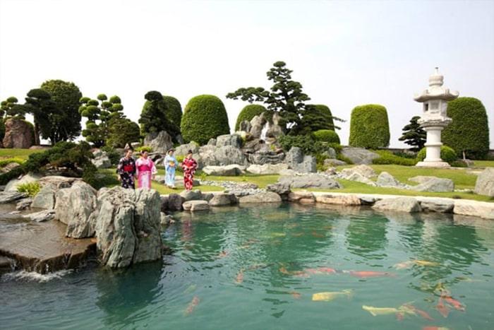 Công viên cá koi Nhật Bản Rin Rin Park